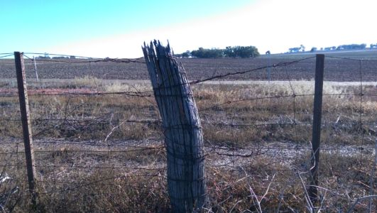 Old Plains post